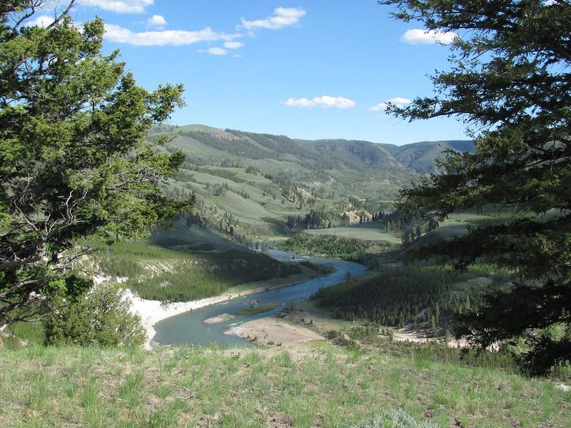 Yellowstone River Picnic Area courtesy of Malcolm Manners↗