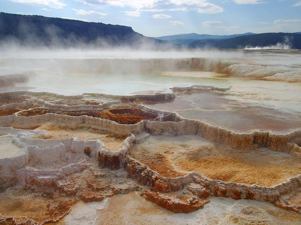 Mammoth Hot Springs added by tasiawhicker