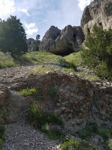 From Shale Trail To The Cave courtesy of elico3000↗