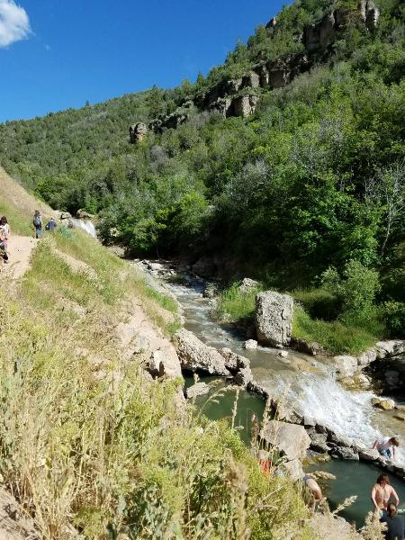 Falls, Trail, and Lower Hot Pools courtesy of endovereric↗