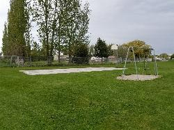 Basketball court and swingset courtesy of endovereric↗
