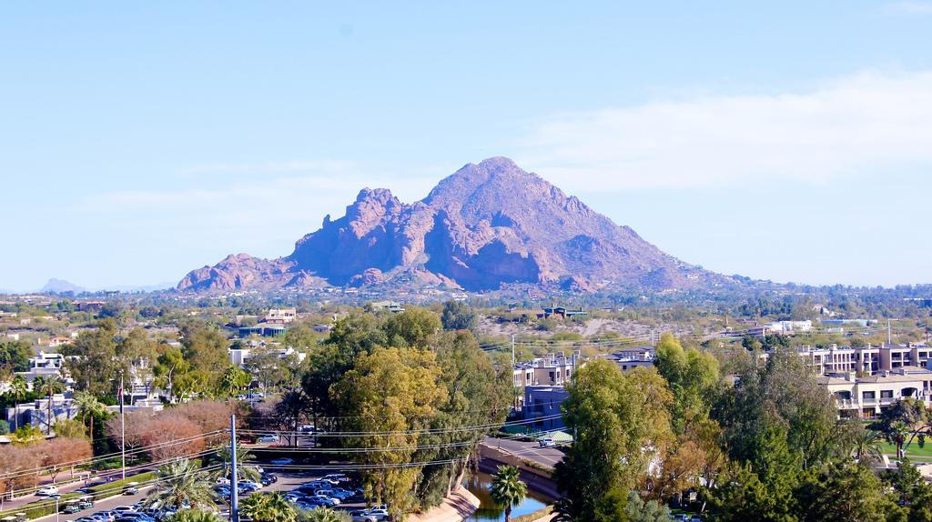 Camelback Mountain courtesy of Todd Eytan↗